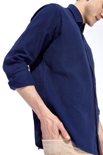 Uzun Kol Tasarım Slimfit Gömlek