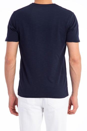 V Yaka Düz Slimfit Tişört