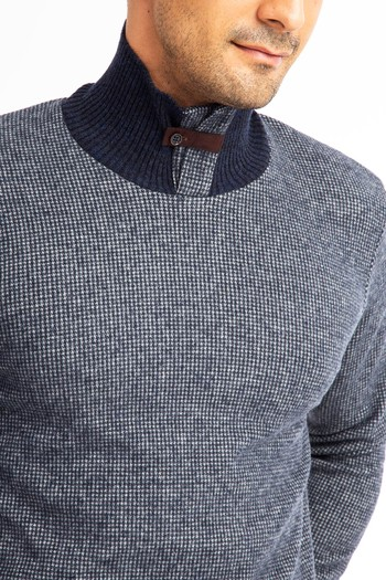 Bato Yaka Slim Fit Sweatshirt