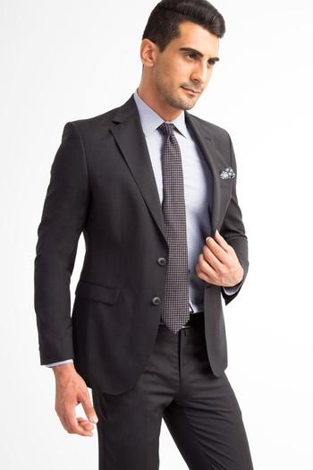 Erkek Giyim - İtalyan Desenli Takım Elbise