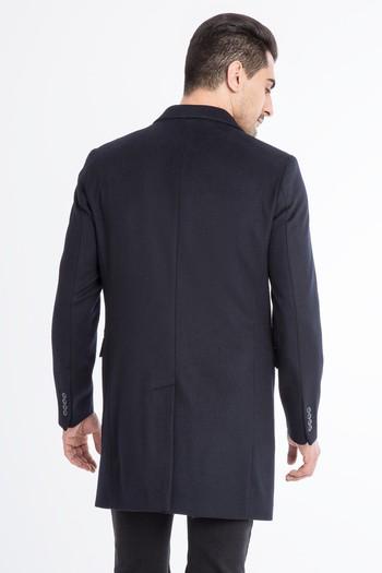 Sivri Mono Yaka Palto