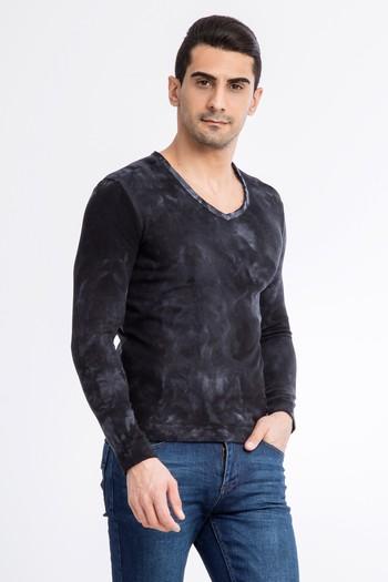 V Yaka Desenli Sweatshirt
