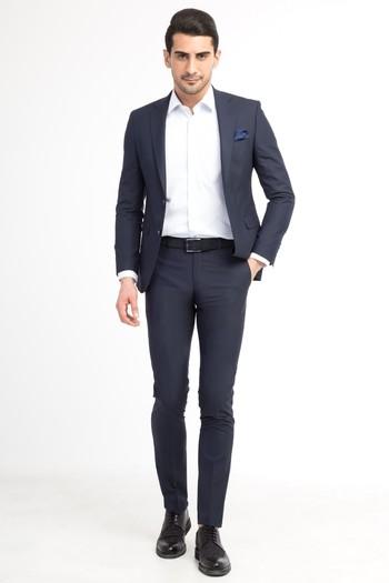Klasik Düz Takım Elbise
