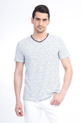 Erkek Giyim - V Yaka Çizgili Slim Fit Tişört